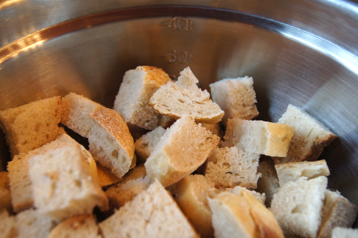 bread-cubes